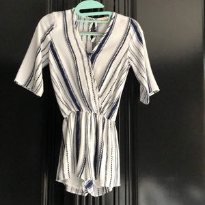 Like new Adorable girls romper and a size 8